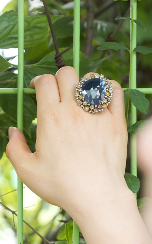1010614 - [나스첸카 NASCHENKA] 커다란 눈빛 _ 18K 다이아몬드 사파이어 반지