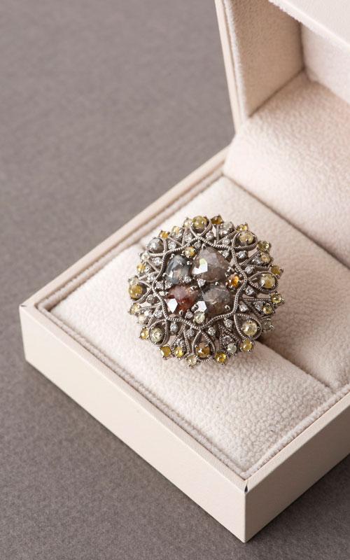 1011371 - [나스첸카 NASCHENKA] IN _18K 다이아몬드 반지