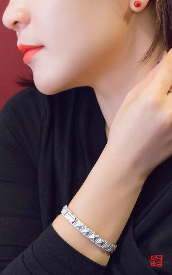 1314413 - [나스첸카 NASCHENKA] 여성용 게르마늄 팔찌 : 침묵을 깨는 소리 _ 부모님 선물