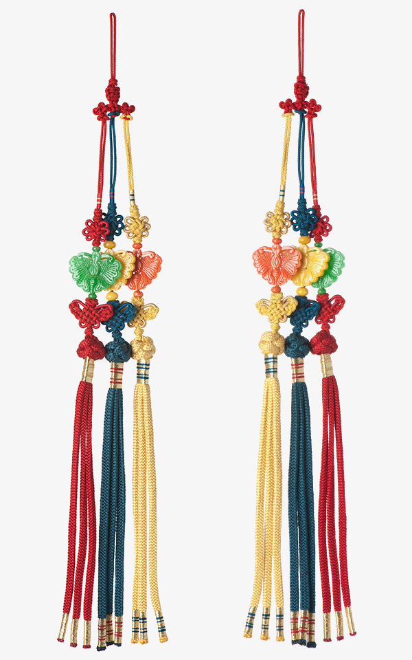 10542 - [나스첸카 NASCHENKA] 매듭이 더 고급스러운 나비 삼작 _ 견사 수공 매듭 비취 산호 호박 삼작 노리개