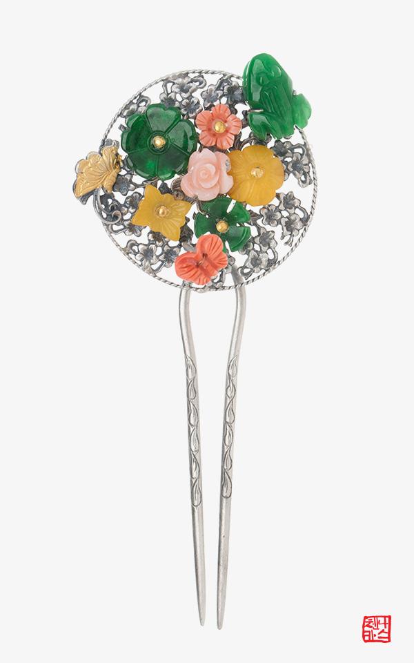 1473766 - [나스첸카 NASCHENKA] 조선의 꽃 _ 산호 뒤꽂이 _ 한복 머리장식 _ 결혼준비 _ 신랑어머니한복 쪽진머리비녀