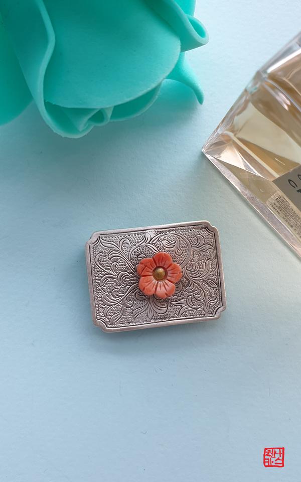 1475934 - [나스첸카 NASCHENKA] 꽃과같은 진품 고가의 산호 은 노리개 띠돈