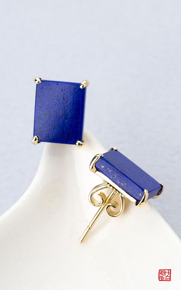 1414616 - [나스첸카 NASCHENKA] 나도몰래 설렘 _ 14K 로얄블루 청금석 귀걸이 부모님 선물 스승의날 선물